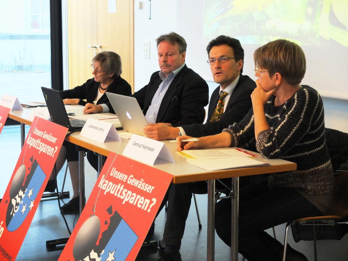 Medienkonferenz des Komitees «Unsere Gewässer kaputtsparen? Nein»